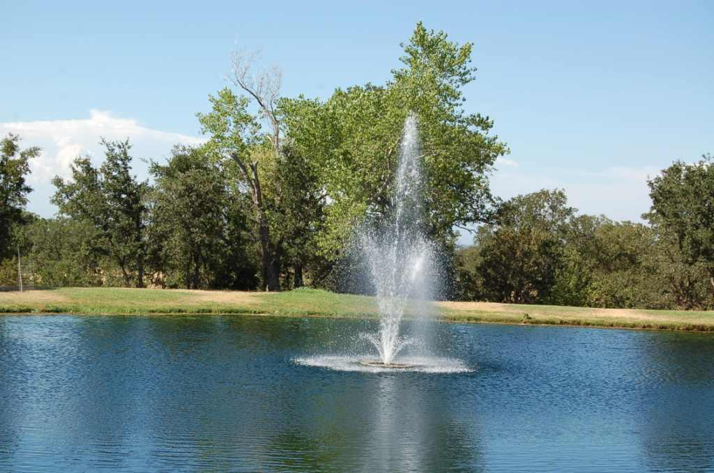 Lake California Pond with Water Feature