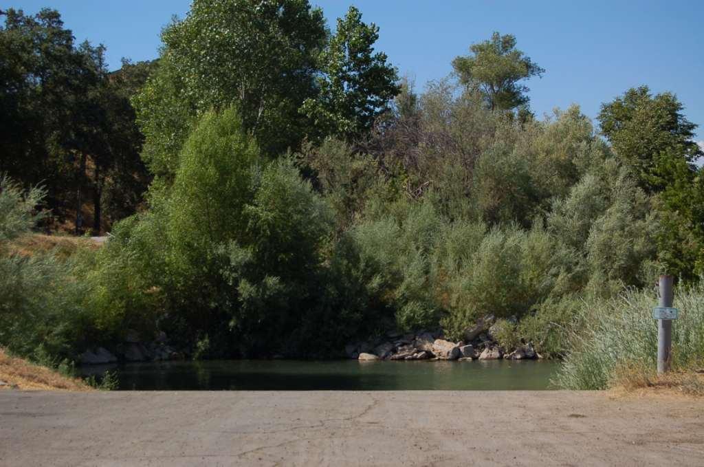 Sacramento River Private Boat launch in Lake California