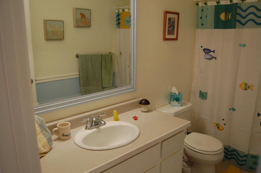 redding-homes-riviera-bath