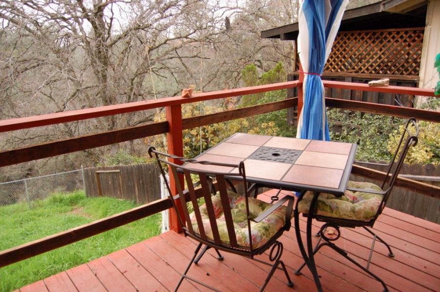 redding-homes-riviera-deck2