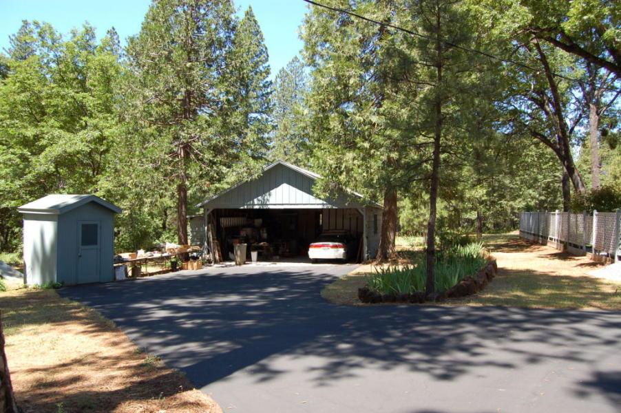 Home On Hwy 44 in Shingletown CA