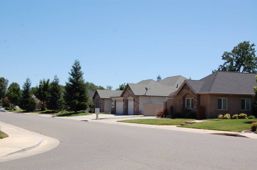 Carriage Glen Subdivision Street View