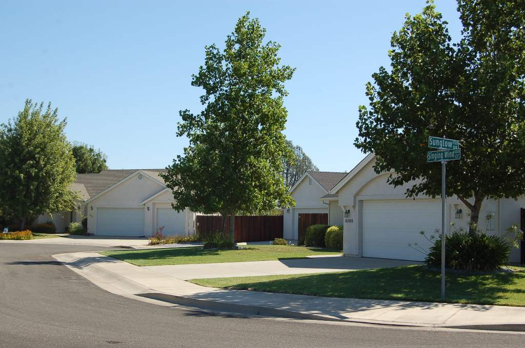 Country Heights Subdivision Homes on Sunglow