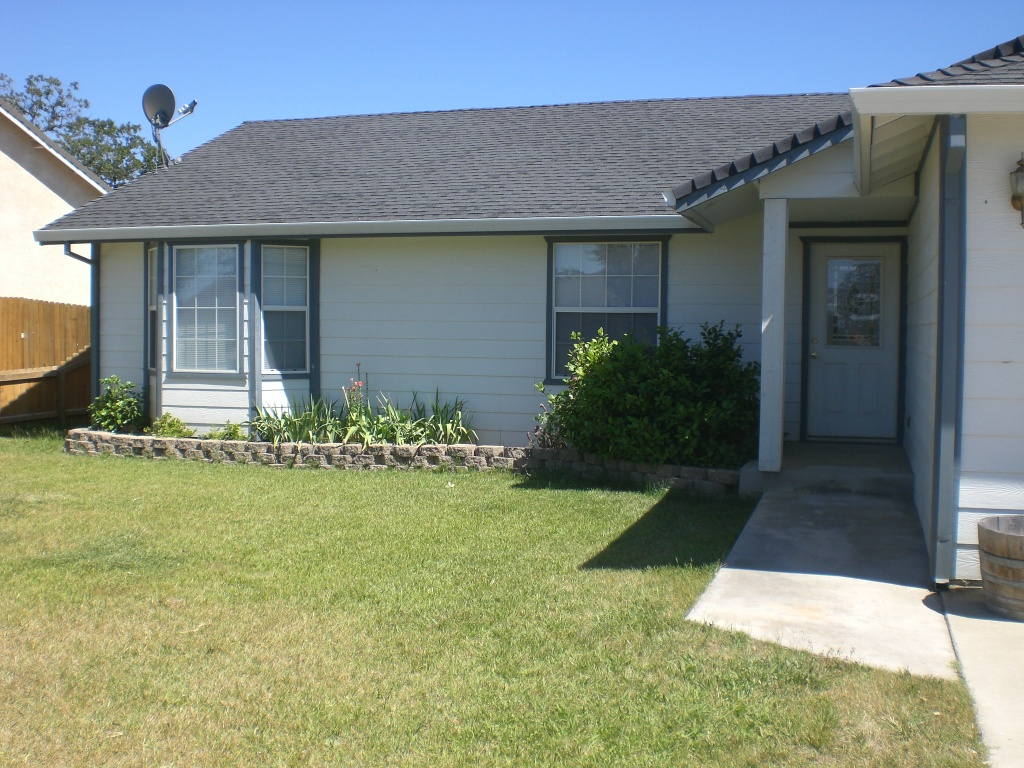 Photo of Front of Home on Eagle Peak Dr in Lake California