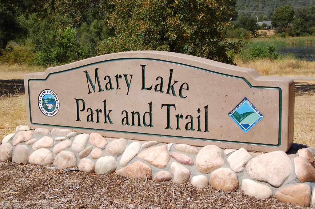 Mary Lake Park & Lake Trail