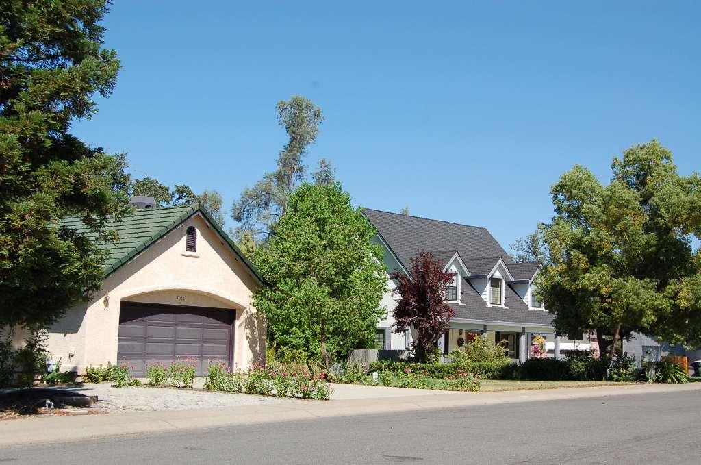 Mary Lake Subdivision Homes Street View