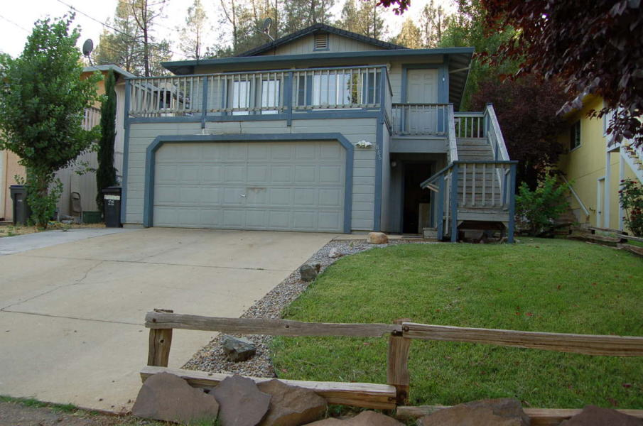 Home for sale on Forest St in Shasta Lake
