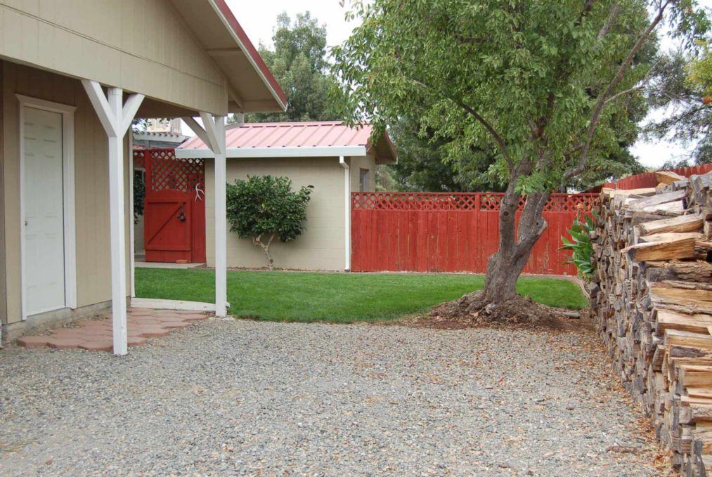 Red Bluff Homes E. Wallen Landscaping