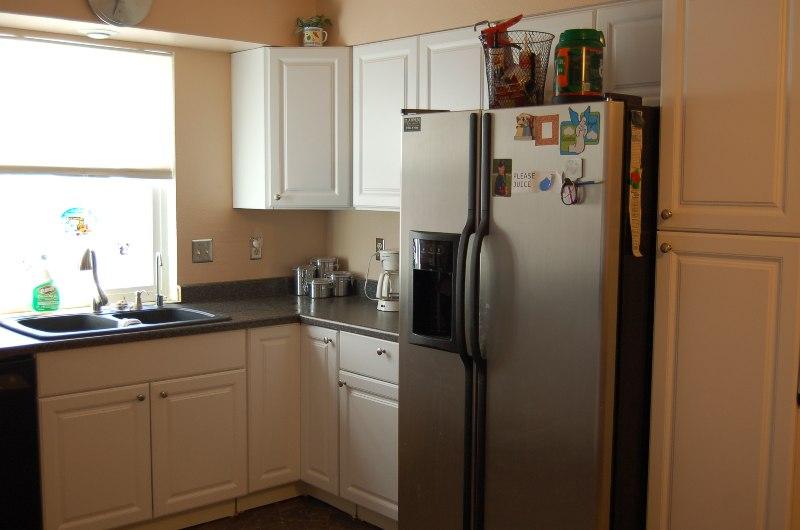 1296 Riviera Dr Kitchen