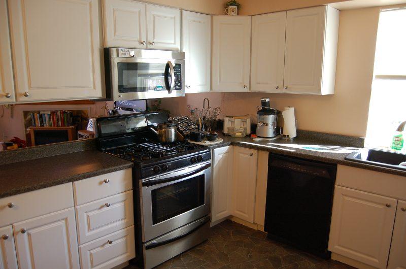 1296 Riviera Kitchen