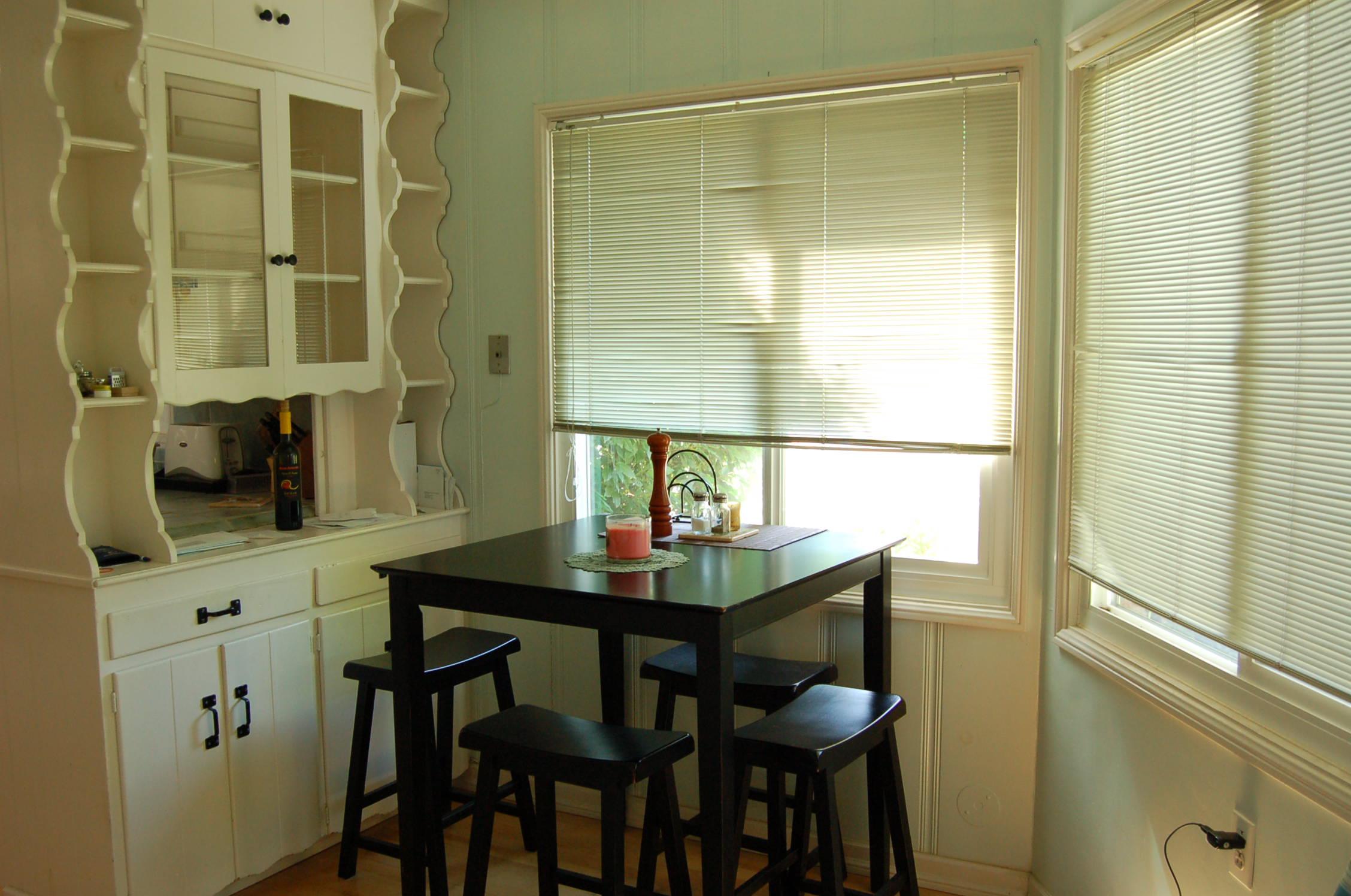 2627 Foothill Blvd Redding CA Dining Room