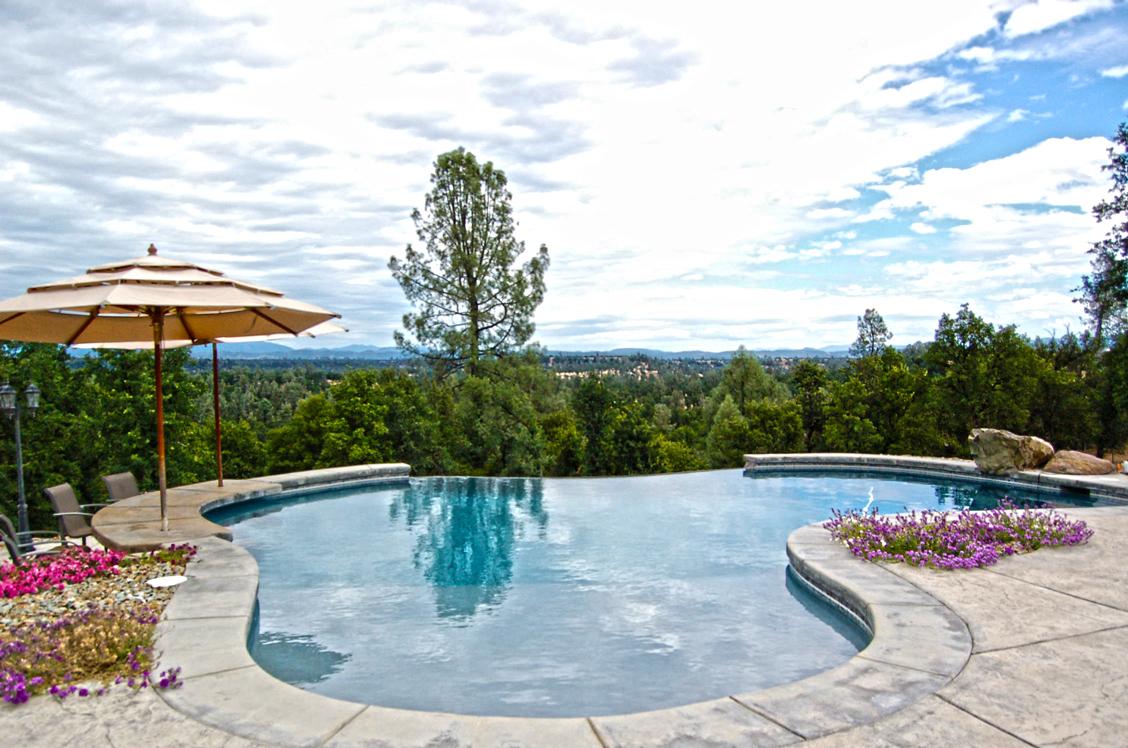 23629 SUNBURST MILLVILLE, CA Pool