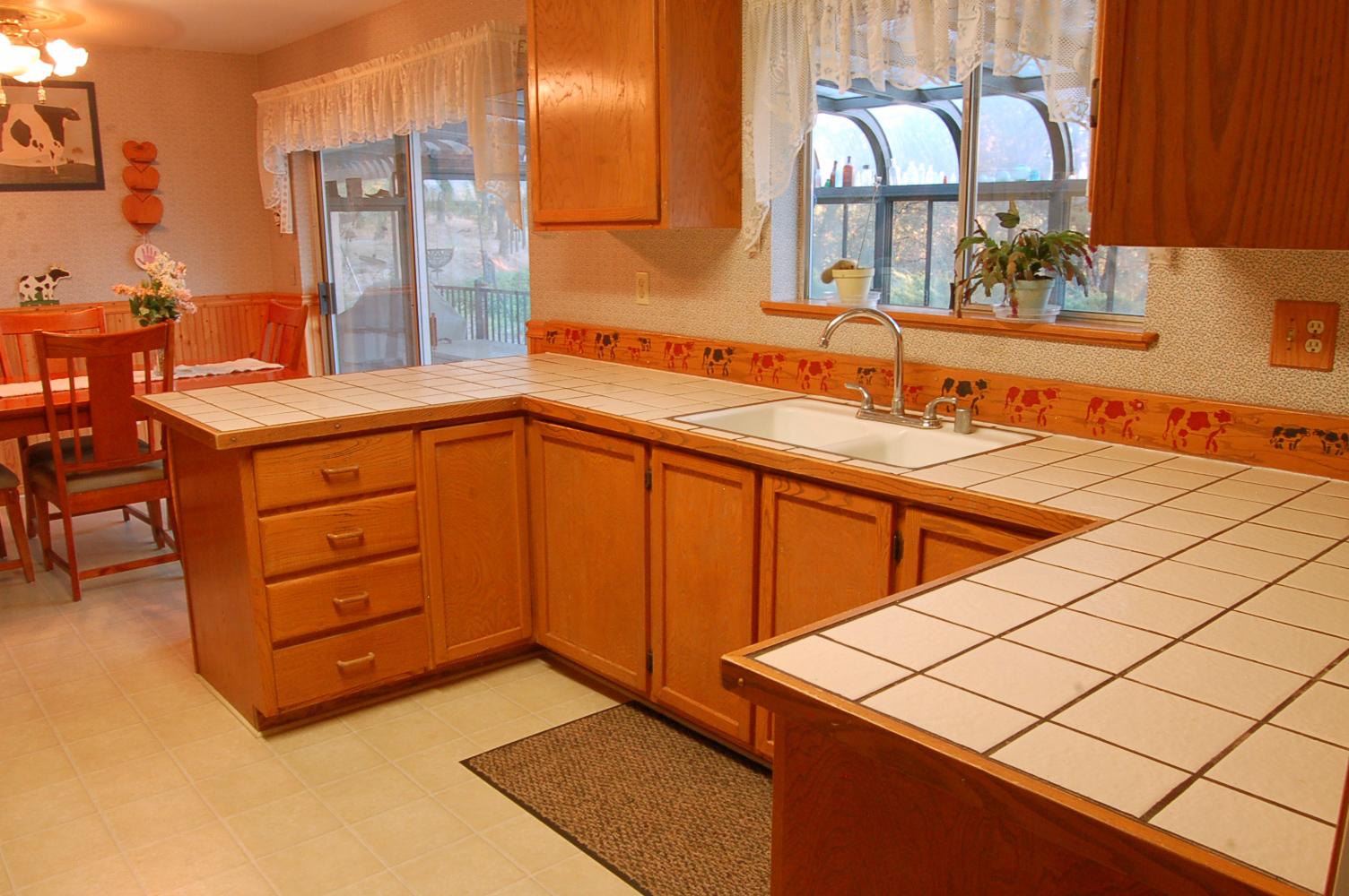17410-Hooker-Creek-Rd-Cottonwood-CA-kitchen2